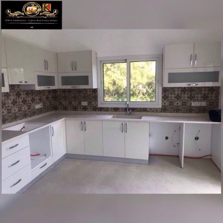 2 Bedroom Apartment For Rent Location Karaoğlanoğlu Girne
