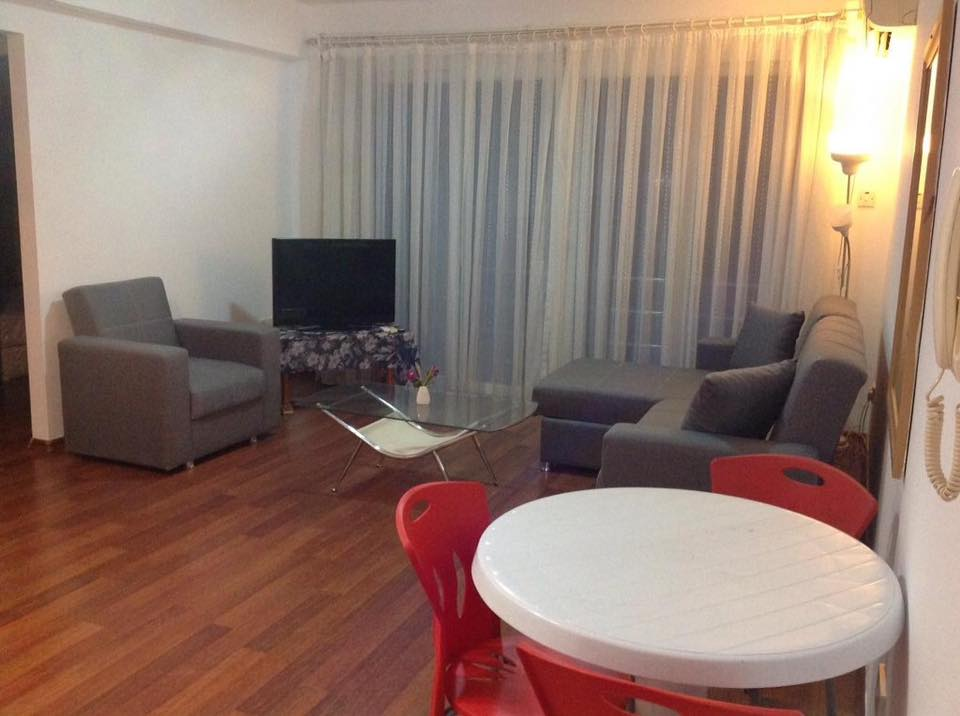 2 Bedroom Apartment For Rent Location behind mr pound Girne.