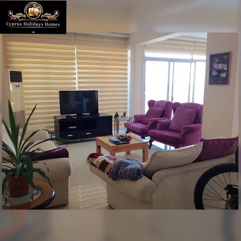 3 Bedroom Apartment For Rent: 3 Bedroom Apartment For Rent Location Near To Kasgar