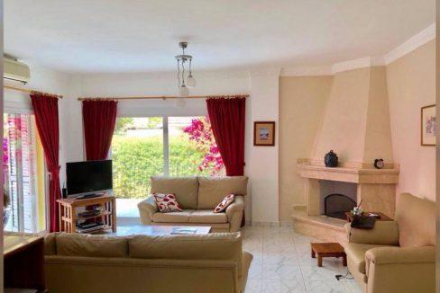Nice 3 Bedroom Villa For Rent Location Lapta ekmek firin Girne North Cyprus (KKTC)