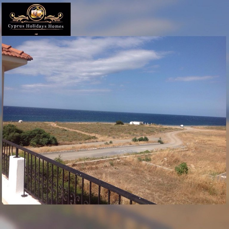 Sea Front 2 Bedroom Apartment For Rent Location Lapta Coastal Walkway (Lapta Yuruyus Yolu) Girne (Communal Swimming Pool)