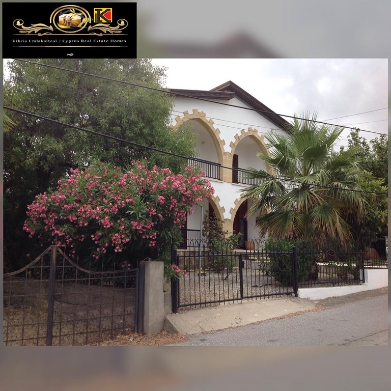 Traditional well-presented bright and spacious 3 Bedroom Villa For Sale Location Yesiltepe Girne
