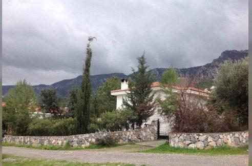 3 Bedroom Villa For Rent Location Near Hasan Uzun Petrol Pump Alsancak Girne KKTC TRNC