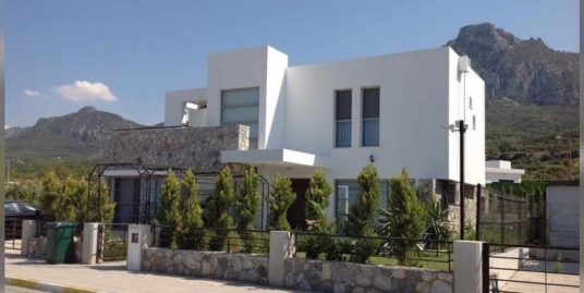 Adorable 4 Bedroom Villa For Sale Location Karmi Girne (reduced price! this immaculate home is an unusual find )