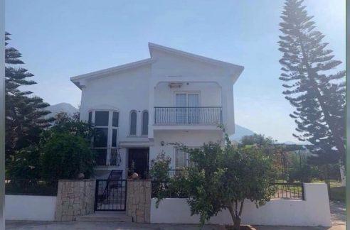 3 bedroom Villa For Rent Location Karaoglanoglu Girne.(Communal Swimming Pool) North Cyprus KKTC