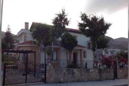 Adorable 4 Bedroom Villa With Two Big Piece of Land Location Catalkoy Girne North Cyprus KKTC