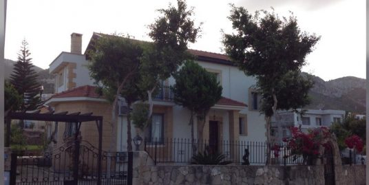 Adorable 4 Bedroom Villa With Two Big Piece of Land Location Catalkoy Girne (For Sale) the right home for your lifestyle